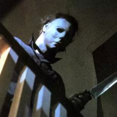 Halloween Film Serisinin Efsane Maskesi, Sadece 2 Dolara Nasıl Üretildi?