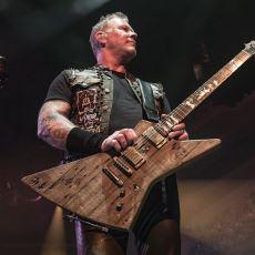 James Hetfield'ın Carl İsimli Özel Gitarının Hikayesi