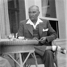 Az Bilinen Detaylarıyla Atatürk'ün Zamanının Ötesindeki Moda Anlayışı ve Giyim Tarzı