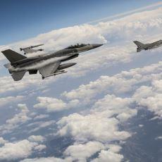 Duygulanmamak Elde Değil: 2002 Dünya Kupası Dönüşü Milli Takımımıza Eşlik Eden F-16'lar