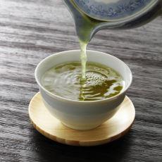 Yeşil Çayın Neden Balık Ya da Deniz Yosunu Tadına Benzer Bir Tadı Var?