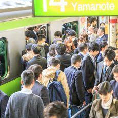 Japonya'da İnsanlar Neden 25 Saniye Erken Kalkan Tren İçin Özür Dileyebiliyor?