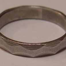 Kanada'da Mühendislerin Mezuniyetten İtibaren Takmaya Başladıkları Yüzüğün Hikayesi