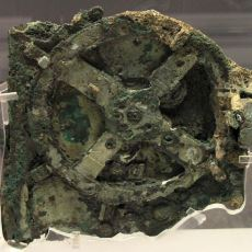 Gök Cisimlerinin Hareketini Tahmin Edebilen Dünyanın İlk Bilgisayarı: Antikythera
