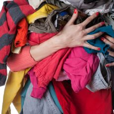 En Sevilen Kıyafetleri Gardrobun Derinliklerine Gönderen, Çıkmayan Lekelerle Başa Çıkma Klavuzu