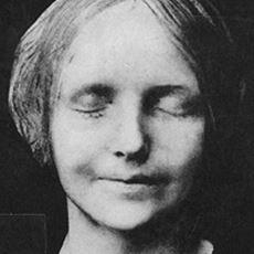 İntihar Eden Bir Kızın Yüzünden Çıkarılan Popüler ve Ürkünç Maske: L'Inconnue de la Seine