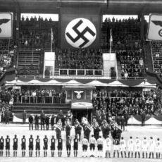 1942'de Nazi Subaylarının Tehditleri Altında Oynanıp Tarihe Geçen Ölüm Maçı