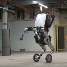 Boston Dynamics'in 1.2 Metre Zıplayabilen Yeni Robotu: Handle