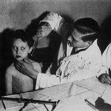 Korkunç Deneyleriyle 2 Milyon İnsanın Ölümünden Sorumlu Tutulan Nazi Doktor: Josef Mengele