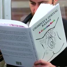 Metroda Müstehcen Kitap Okuma Deneyine İnsanların Verdiği Tepkiler