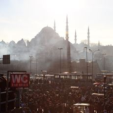 Türkiye'de Kimsenin Artık Pek Tadı Tuzu Kalmamasının Hukuki ve Sosyolojik Sebepleri Nedir?