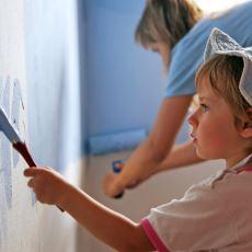 Çocuğun, Evin Duvarını Boyamasına İzin Vermek Doğru Bir Anne Davranışı mı?
