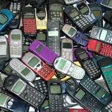 Görür Görmez Sizi Geçmişe Götürüp Duygulandıracak Unutulmaz Cep Telefonları