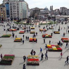 Taksim Meydanı'nın Lalelerle Süslenen Yeni Haline Ekşi Sözlük'ten Gelen Tepkiler