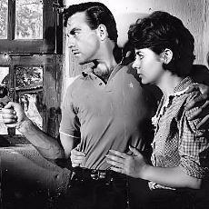 Ayhan Işık'ın Bozulmamış 1960'lar İstanbul'unda Geçen Film Noir Türündeki Filmleri