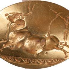 3500 Yıl Öncesine Ait Antik Yunan Savaşçısı Mezarında Bulunan Altın Yüzüklerin Efsanevi Hikayesi