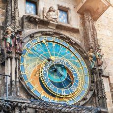 Dünyanın Çalışır Durumdaki En Eski Saati Olan Prag'daki Astronomik Saat Kulesi