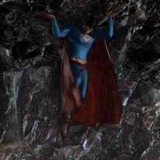 Süpermen, Superman Returns'ün Finalindeki Adayı Gerçekten Kaldırabilir mi?