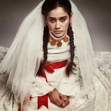 Türk Kadınlarının İmtihanı: Mutluluk İçin Değil Toplumsal Kaygıyla Yapılan Başarısız Evlilikler