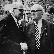 20. Yüzyılın Vicdanını ve Eleştirel Bakışını Ortaya Koyan Efsane Bilim Yuvası: Frankfurt Okulu