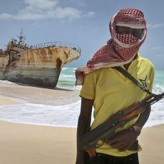 Profesyonellikleriyle İnsanı Hayretler İçinde Bırakan Somalili Korsanların Acayiplikleri