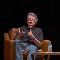 Yüzyılın En Büyük Yazarlarından Stephen King'i Bu Kadar Başarılı Yapan Şey Ne?
