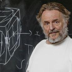 Bilimin Felsefe ile Kesiştiği Zihin Açıcı Bir Matematik Pratiği: Conway'in Hayat Oyunu