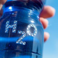 Gerçekten Hidrojen ve Oksijeni Karıştırarak Su Elde Edip İçebilir miyiz?