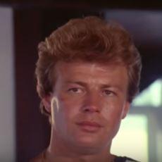 Nuri Alço'nun Bu Günleri İnanılmaz Bir Şekilde Öngördüğü 1981 Yapımı Film