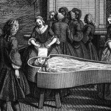 Günahlarından Arınsınlar Diye Ölü Bedenler Üzerinden Yemek Yiyen Günah Yiyiciler