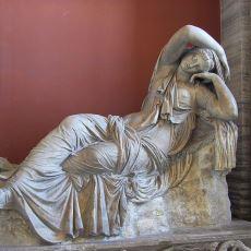 Aşk Acısı Temasının İşlendiği En Güzel Yunan Mitlerinden Birinin Başkahramanı: Ariadne