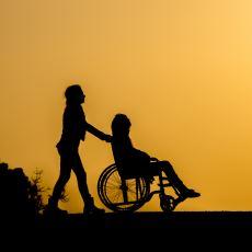 Fiziksel Engelli Bir Kadının, Engellilerin Cinsel Hayatı Üzerinden Yaptığı Çarpıcı Bir Toplum Eleştirisi