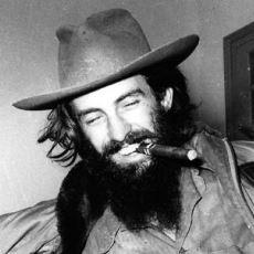 Küba Devrimi'nde Che ve Fidel'den Sonra Gelen Üçüncü Kişi: Camilo Cienfuegos