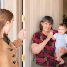 ABD'de Ekonomi Yapısını Özetleyen Sistem: Çocuklu Ailelerin Dışarı Çıkabilmek İçin Kart Biriktirmesi