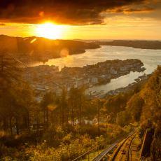 Muhteşem Manzaraları Eşliğinde Kendinizi Bir Anda Norveç'te Bulacağınız Tren Yolculuğu Videoları