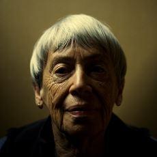 Fantastik Edebiyatın Tanrıçası Ursula K. Le Guin'den Hayata Bakışınızı Aydınlatacak Alıntılar