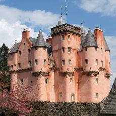 İskoçya'nın Sizi Orta Çağ'a Alıp Götüren Masalsı Kaleleri