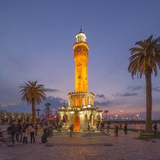 İzmir'de Dolu Dolu Bir Gün Geçirmek İçin Çok İşinize Yarayacak Detaylı Bir Gezi Rehberi