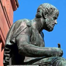 Aristoteles'e Göre Bir İnsanda Bulunması Gereken 10 Özellik