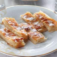 Pudra Şekeriyle Beraber Afiyetle Yediğimiz Kürt Böreği Nasıl Ortaya Çıktı?
