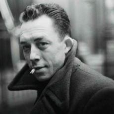 Hem Futbol Oynayıp Hem Filozof Olabilen Tek Adam: Albert Camus'den Nefis Alıntılar