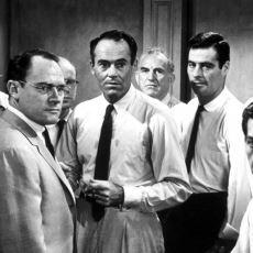 1957 Yapımı Olmasına Rağmen Dün Çekilmiş Gibi Zevkle İzlenen Klasik: 12 Angry Men