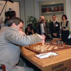 Satranç Efsanesi Kasparov ve Yapay Zeka Deep Blue'nun 1996 ve 1997'deki Tarihe Geçen Maçları
