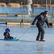İsveç'te Tehlikeli Bir Ölüm Sebebi Haline Gelen Buz Kırılmaları Hakkında Bilgiler