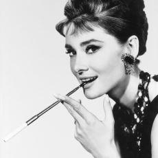 Audrey Hepburn'ün Henüz Küçük Bir Çocukken Nazi İşgali Altındaki Hollanda'da Geçen Hikayesi