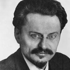 Lenin'den Sonra Sovyetlerin Başına Geçmesi Beklenen İkonik Devrimci: Lev Troçki
