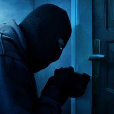 Jandarma Başçavuşun, Evine Giren Hırsızı Öldüren Kıza Gizli Yardımının Hikayesi