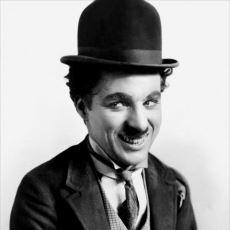 Daima Gülümseten Adam: Charlie Chaplin'den Nefis Alıntılar