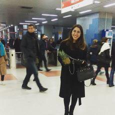 Ankara Metrosunda Zincirle Ananas Dolaştıran Kadının Amacı Neydi?