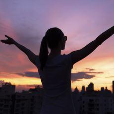 Kendimizi Özgüvenli Olmaya Zorlamak Bir Süre Sonra Gerçek Bir Özgüven Yaratır mı?